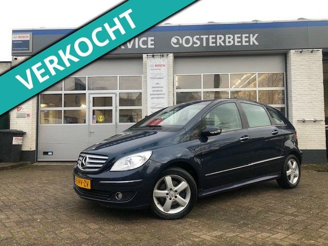 Mercedes B-Klasse €2,900,-